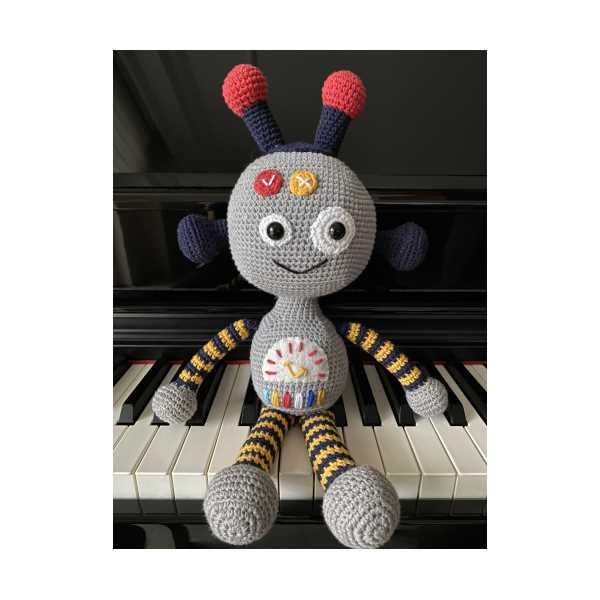 amigurumi oyuncak (robot)