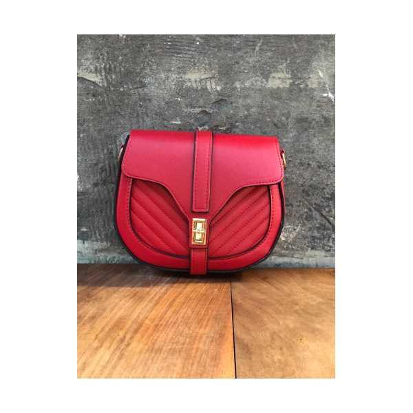 Kırmızı Deri Askılı Çanta