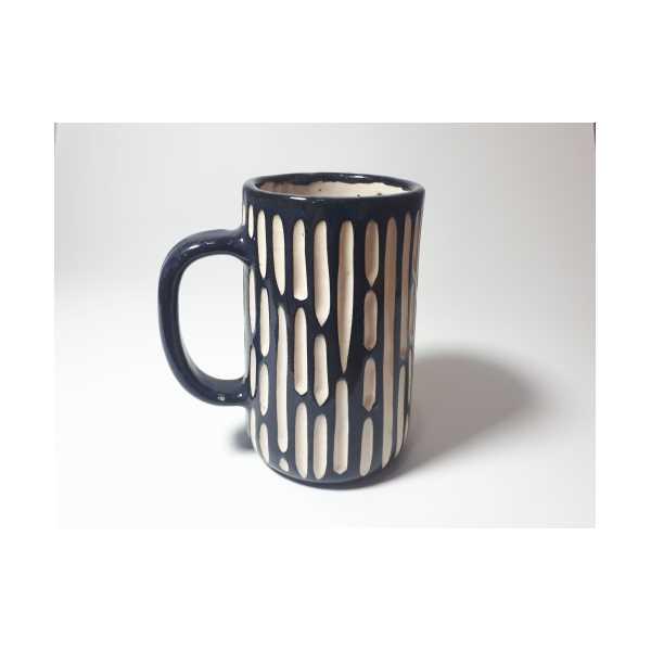 El Yapımı Seramik Bira Bardağı Lacivert Siyah