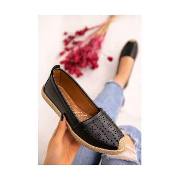 Tiste Siyah Cilt Babet Ayakkabı