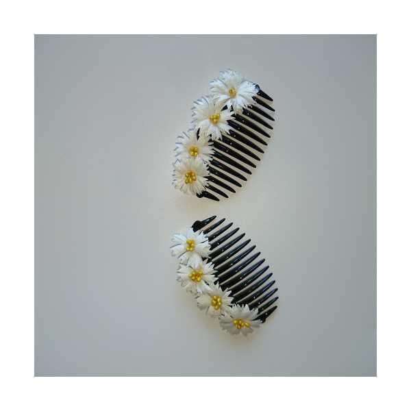 HobbyGenius, El yapımı ipek kozasından yapılmış çiçeklerle süslenmiş saç tokası-tarağı (1 çift)