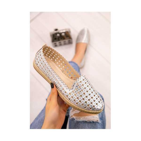 Teksi Gümüş Cilt Boncuk İşlemeli Babet Ayakkabı