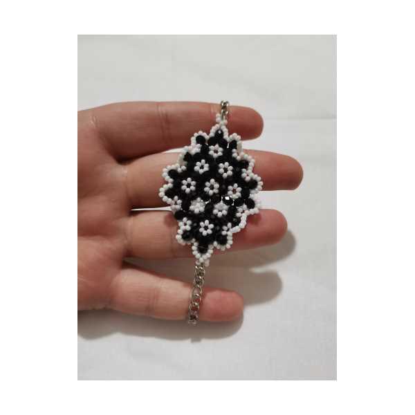Siyah beyaz kristal bileklik