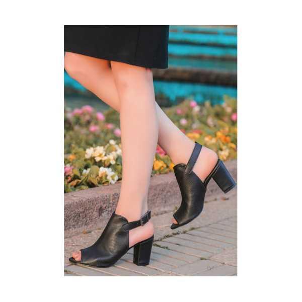 Osima Siyah Cilt Fileli Topuklu Ayakkabı