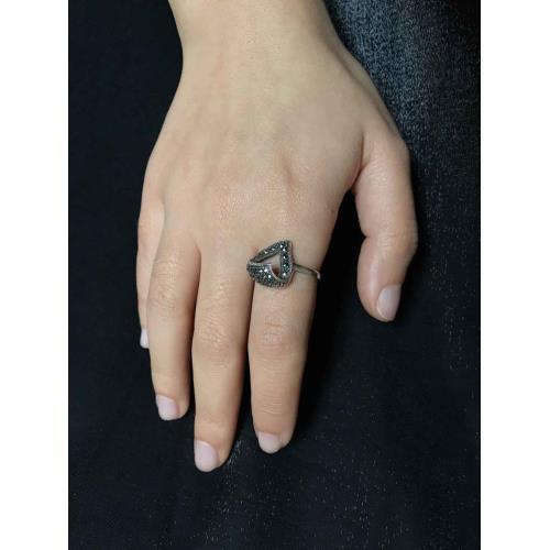 Markazit Taşlı 925 Ayar Gümüş Kadın Yüzük Modeli